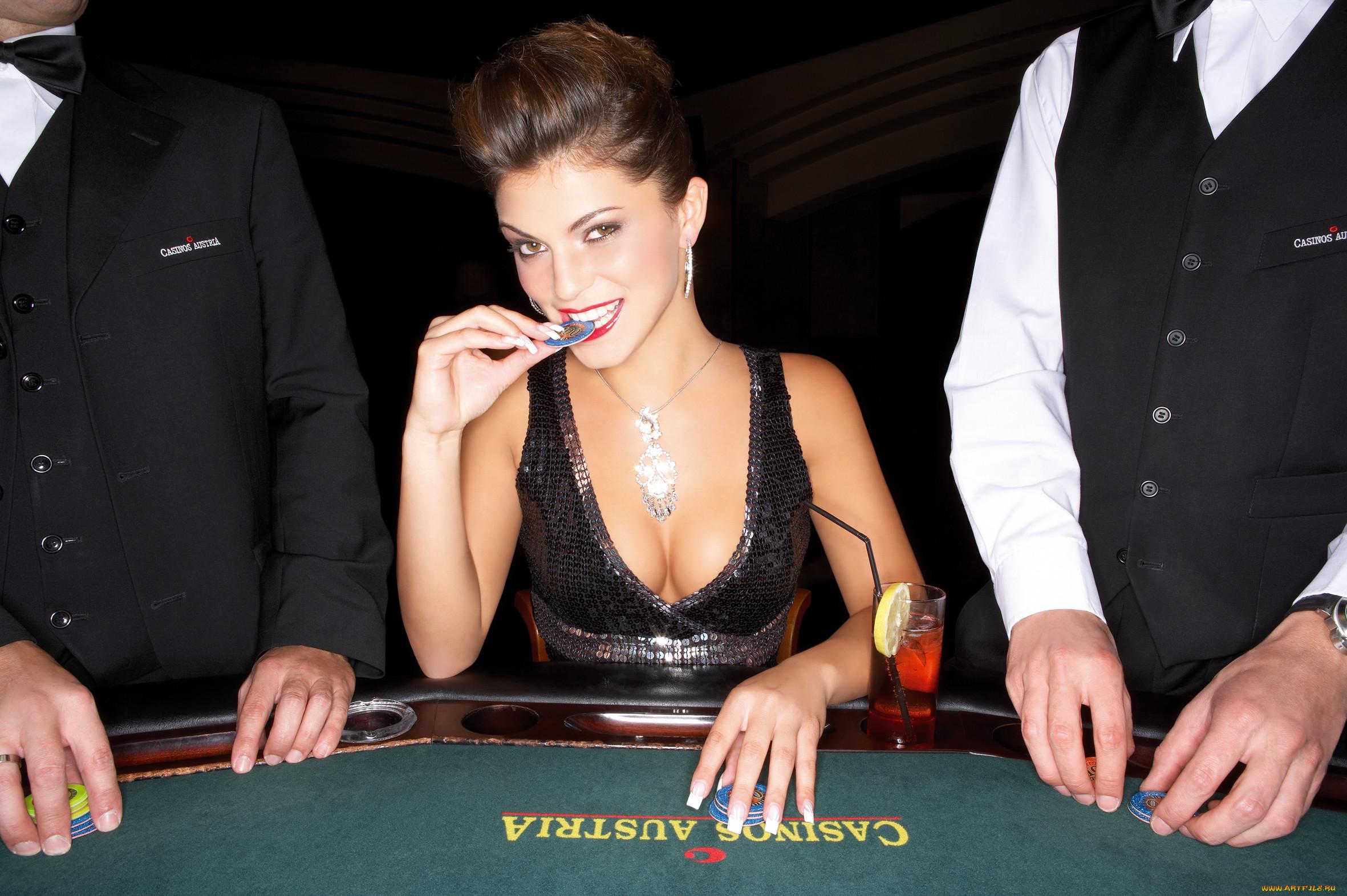 Фото девушки в казино 11 фотография